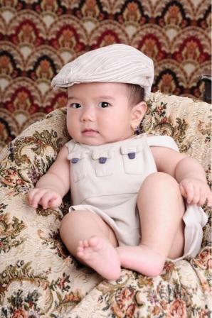 宝宝 壁纸 孩子 小孩 婴儿 298_448 竖版 竖屏 手机